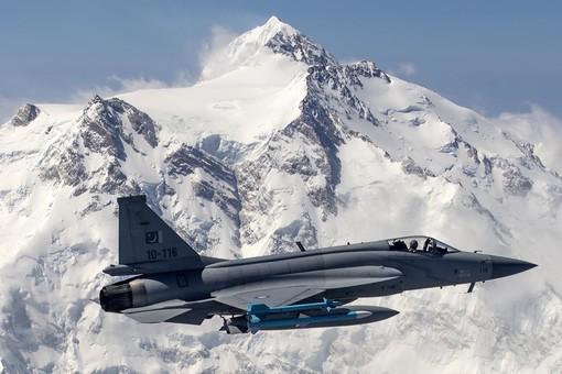 Азербайджан создаёт баланс ВВС в регионе или перевес