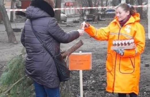 Где в Одессе можно поменять елку на сладости