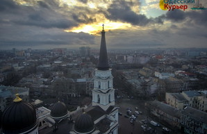 Более двух тысяч полицейских будут защищать жителей Одесской области на Рождество