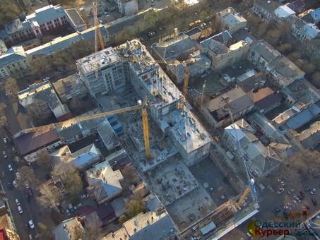 Самая большая стройка в центре Одессы на месте бывшей Чайной фабрики (ФОТО)