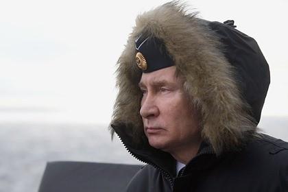 Зачем Путин надел пилотку