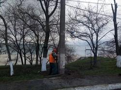 В Одессе на Фонтане заменили наружное освещение