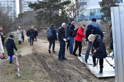 В Одессе снова снесли строительный забор в парке Юность (ФОТО)