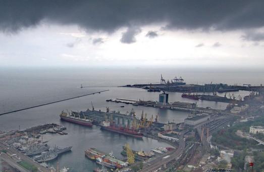 Часть имущества Одесского порта сдают в аренду