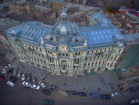 Дом Руссова в Одессе превращается в бизнес-центр, а мэрию пытаются наказать за реставрацию памятника архитектуры