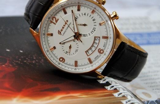 Мужские часы с автоподзаводом или кварцевые, какие выбрать?