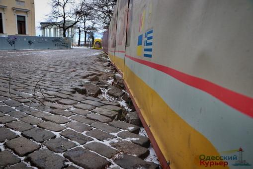 В Одессе формируется оползень на Приморском бульваре (ФОТО)