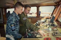 Курсанты одесской морской академии стажируются на военных кораблях (ФОТО)