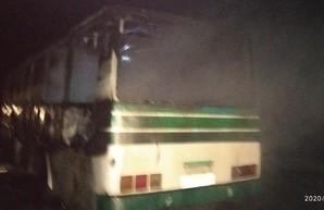 В Измаиле сгорел пассажирский автобус (ФОТО)