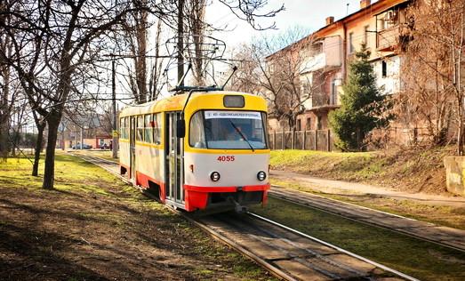 """Трамвай """"Север-Юг"""", электронный билет и парковки: о чем отчитывался главный транспортник Одессы"""