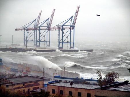 На Одессу идет циклон с порывами ураганного ветра