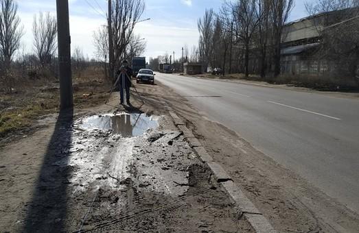 На Балтской дороге в Одессе просят установить ограждения тротуаров