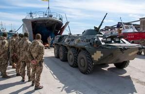 Военный флот Украины проводит испытания новых катеров, учения морской пехоты и маневры флагмана