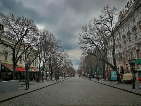 Где в Одессе отключают свет 23 марта