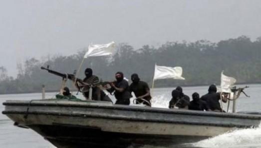 Моряки из Одессы захвачены в плен африканскими пиратами