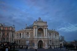 Одесса в первый день чрезвычайной ситуации (ФОТО)