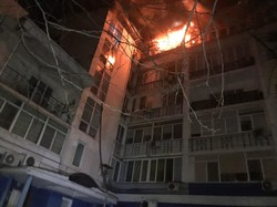 В микрорайоне «Вузовский» полыхал жилой дом, есть пострадавшие