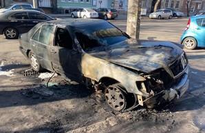 В Одессе сгорел автомобиль активиста (ФОТО)