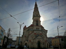 Апрельская Одесса на карантине: цветущий город и пустые улицы (ФОТО)