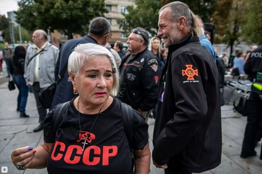 Россия направила в Прагу своих разведчиков для дестабилизации обстановки