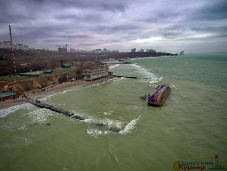 На майские праздники парки и пляжи в Одессе будут охранять патрули