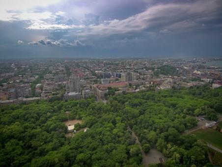 На Одессу надвигается ураганный ветер