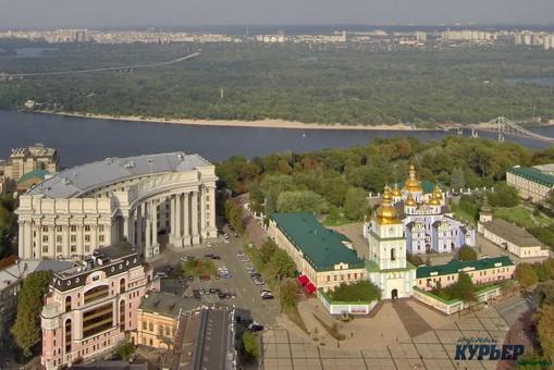 Правительство Украины снова перетасовали