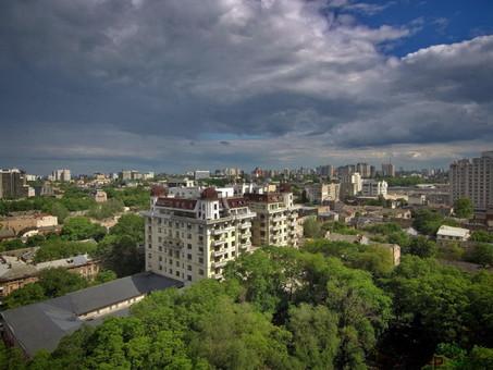 В пятницу в Одессе оставят без света почти 1800 жилых домов