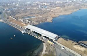 Злополучный мост по дороге на Черноморск обещают достроить к весне 2021 года
