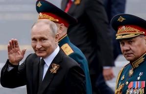 Пока Путин готовится к параду победы, Россия вымирает от коронавируса