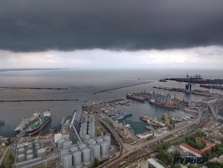 Непогода в Одессе: ожидается повторение ночной грозы