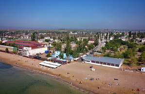 Купаться на одесских пляжах пока не рекомендуется