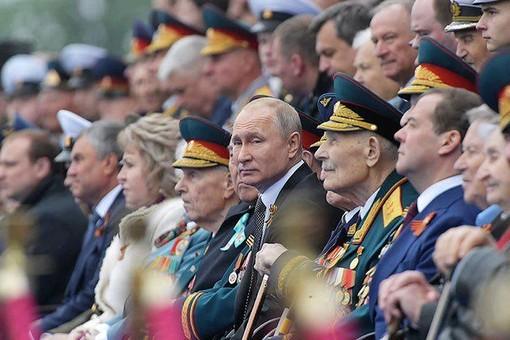 """Ряды гостей Путина на параде """"смертников"""" редеют"""