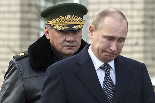 Взаимное недоверие между армией РФ и президентом Путиным усугубляется с каждым днём