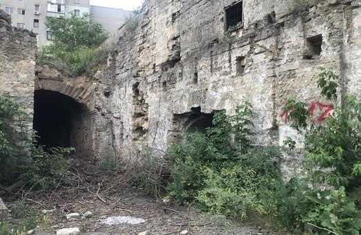 В Одессе обещают создать музей виноделия в заброшенных подвалах на Бугаевке