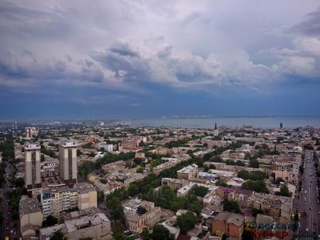 В Одессе ожидается гроза с ливнем и шквалами