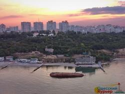 Как в Одессе безуспешно поднимали затонувший танкер (ФОТО, ВИДЕО)