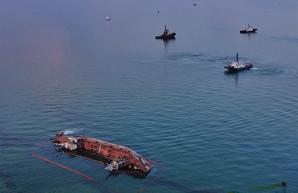"""Подъемом танкера """"Делфи"""" займется Администрация морских портов"""