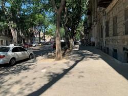 В центре Одессы закончили ремонтировать тротуары на Нежинской