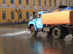 В Одессе отмыли Дюка и Потемкинскую лестницу (ФОТО)