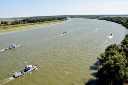 На Дунае начались совместные речные учения Украины и Румынии (ФОТО)