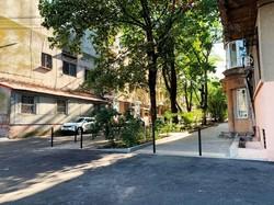 В Одессе отремонтировали переулок в историческом центре города