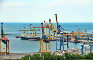 Порт Черноморск готовят к передаче в концессию,- президент