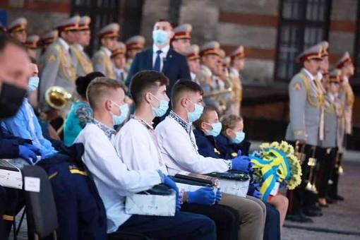 """Школьник из Одессы получил награду """"Герой-спасатель"""" за спасение жизни"""