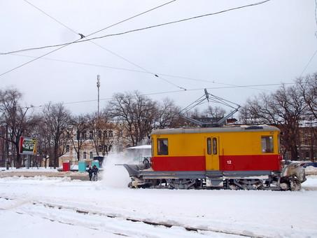 Если завтра зима: сколько техники в Одессе готовы к борьбе со снегом