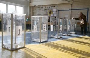 Выборы: в Одессе нет избирательной комиссии, а избирком Измаила не пускают в помещение
