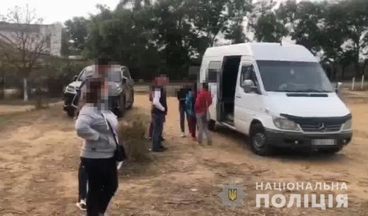 Ещё одна избирательная карусель в Одесской области: на сломанной автобусе с пьяным водителем