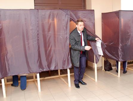Стали известны первые результаты выборов на юге Одесской области