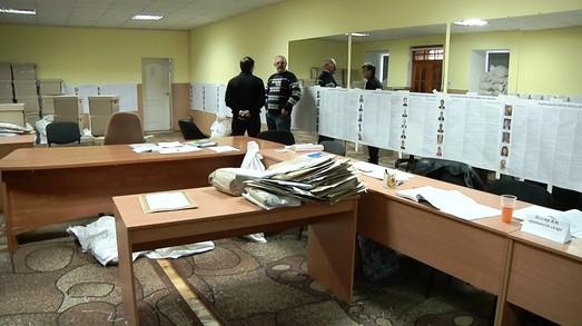 В Одессе уже больше чем наполовину обработали протоколы с избирательных участков