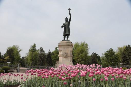 Кого выбирают президентом Молдовы
